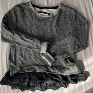Abercrombie & Fitch lace sweat shirt cropped